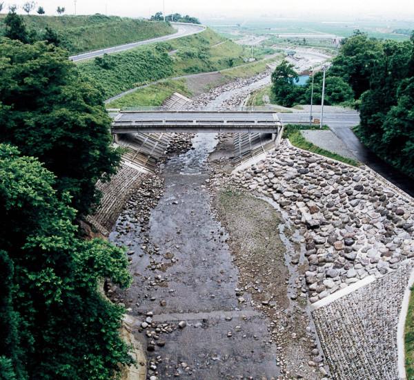 河川災害復旧助成工事